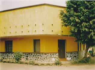 This is the house where the ArtHum's musicians were hiding to prepare their songs, abroad in Bujumbura-Burundi during 6 month-from October 2002 to March 2003